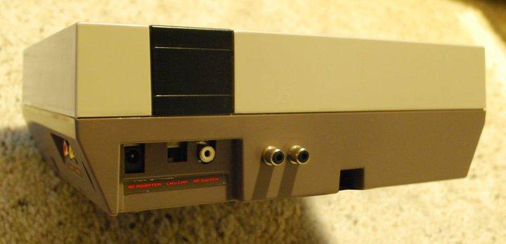 Stereo NES Back